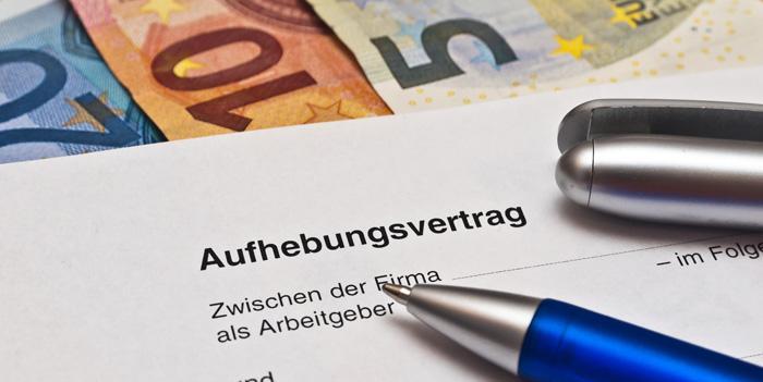 Kein Abfindungsanspruch wegen betriebsbedingter Kündigung bei Aufhebungsvertrag vor Ablauf der Kündigungsfrist