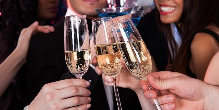 Aufwendungen für berufliche Feiern als Werbungskosten absetzbar