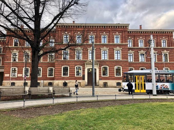 Heute waren wir in Görlitz aktiv. Das Gerichtsgebäude aus dem Jahr 1865 hat sein...