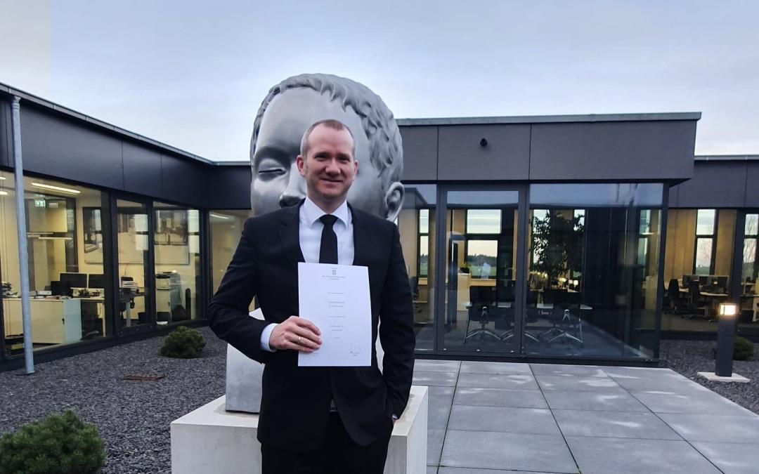 Unser Partner, Herr Dr. Florian Körber, ist seit heute nun auch frischgebackener...